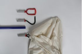 The Snake Bagger Set comes complete with 2 bags, Snake hook and Pinning hook attachment